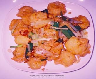 24B_______spicy salt & pepper prawns in light batter